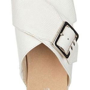 New with tags Dr. Scholls Flight Sandal
